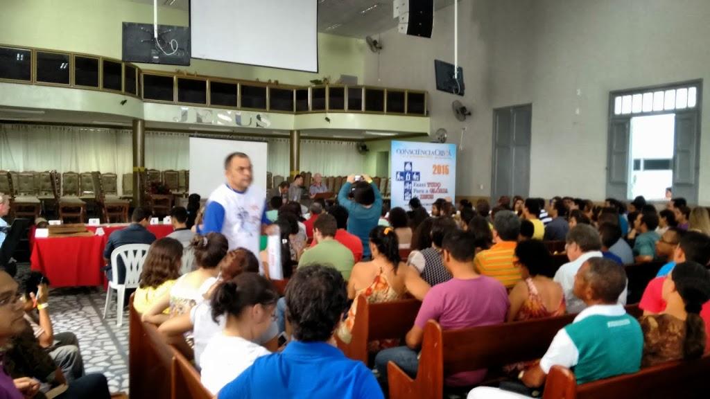 Público reunido na AD em Campina Grande como parte da programação da Consciência Cristã 2015